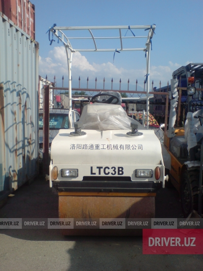 Спецтехника каток Lutong LTC3 2013 года за 13500$ в городе Ташкент