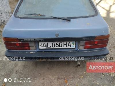 Автомобиль Mazda 626 1984 года за 2300 $ в Ангрене