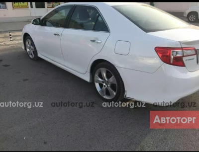 Автомобиль Toyota Camry 2013 года за 15000 $ в Алимкенте
