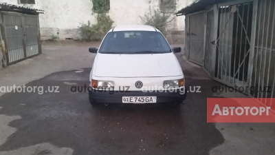 Автомобиль Volkswagen Passat 1992 года за 4200 $ в Ташкенте