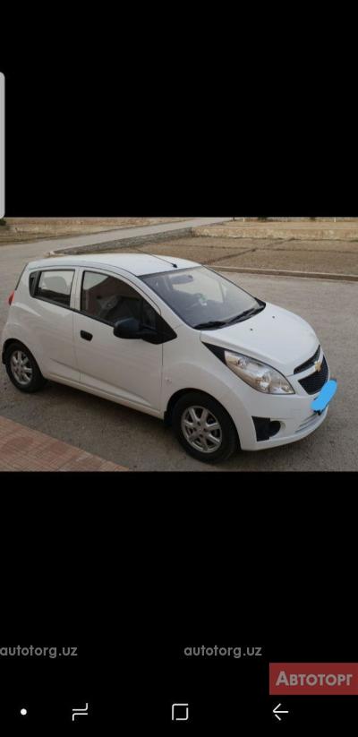 Автомобиль Chevrolet Spark 2016 года за 7300 $ в Бухаре