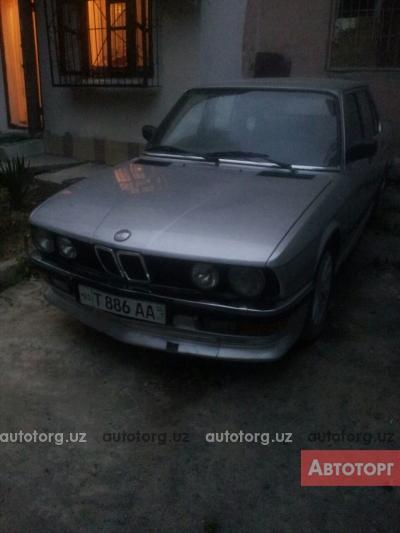 Автомобиль BMW 520 1984 года за 2700 $ в Ташкенте