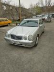 Продажа Mercedes-Benz E 200  2000 года за 14 000 $ на Автоторге