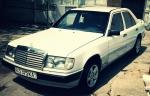 Продажа Mercedes-Benz E 2001988 года за 3 800 $ на Автоторге